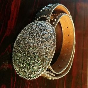 Cowgirl belt w/ bling and hearts
